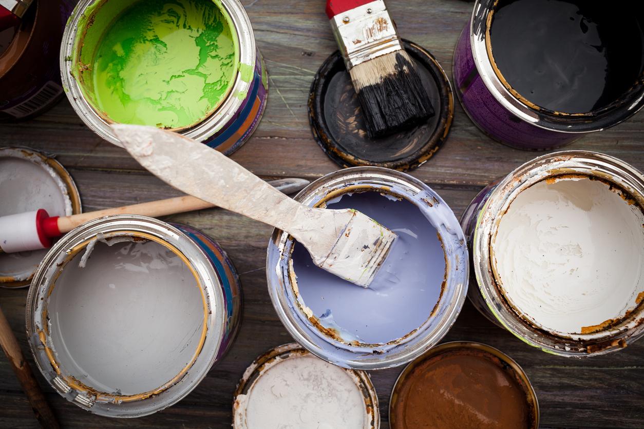 Какую краску для ванной комнаты выбрать? Латексная краска против масляной
