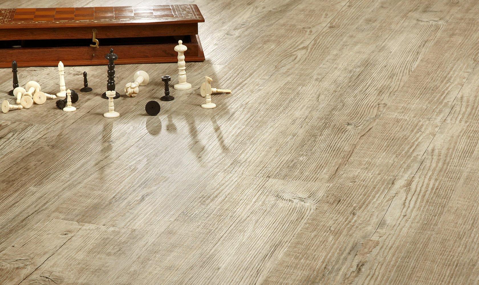Виниловая плитка в современном интерьере, плюсы и минусы