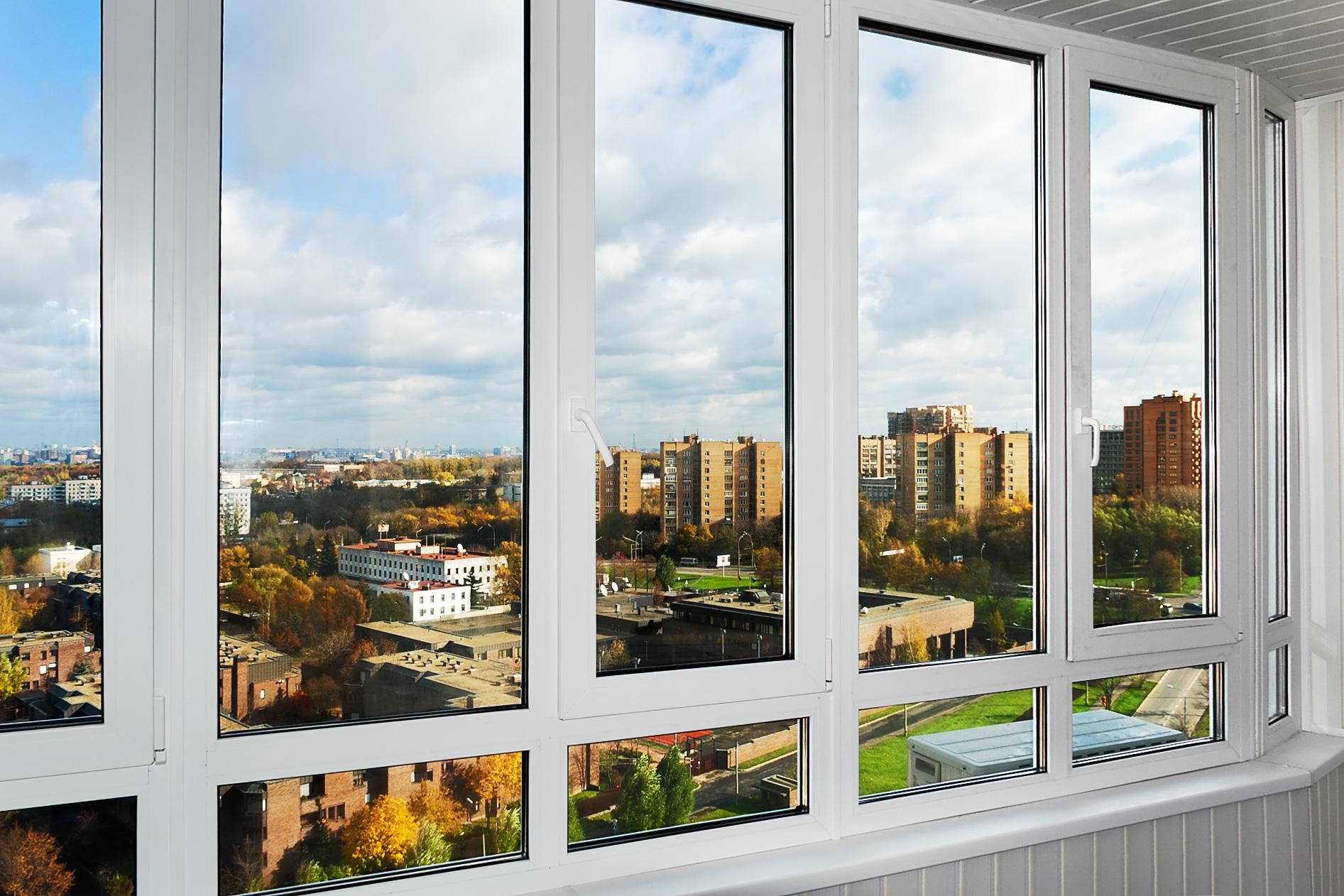 Какие окна поставить в квартиру?