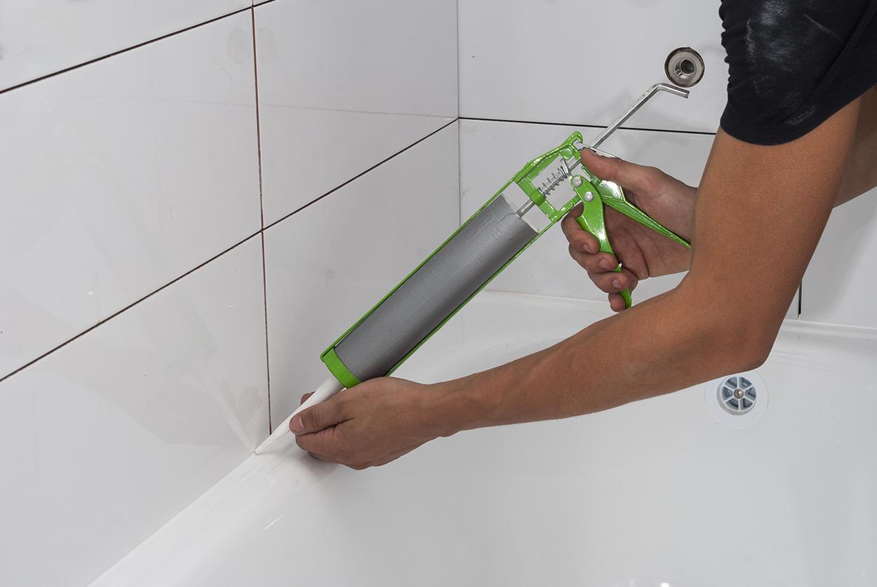 Какой герметик выбрать для ванной?